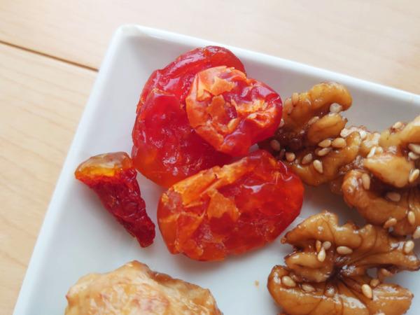 博多久松の500円おせちの干しトマト