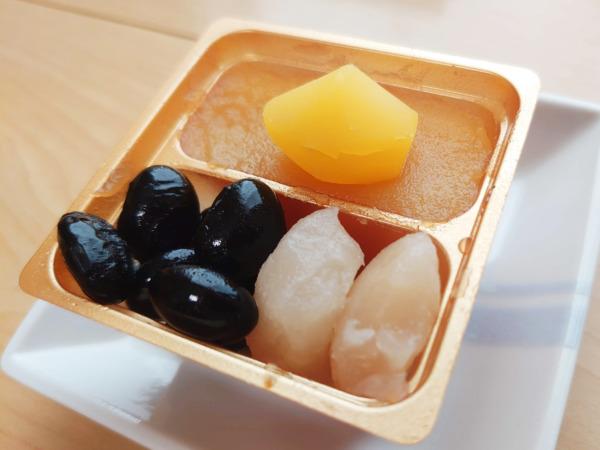博多久松の500円おせちの豆料理