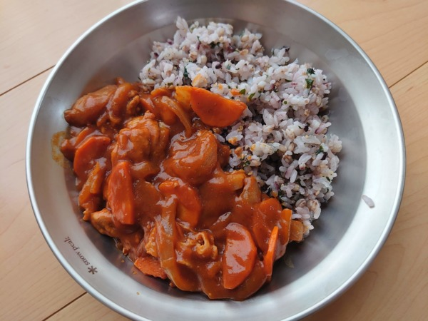 「FIT FOOD HOME」十穀もち麦ごはんのハヤシライス