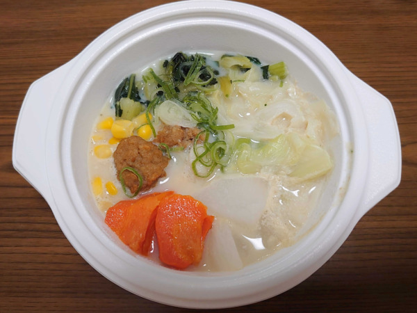 ベジ活スープ食「コーンチャウダー」温め後