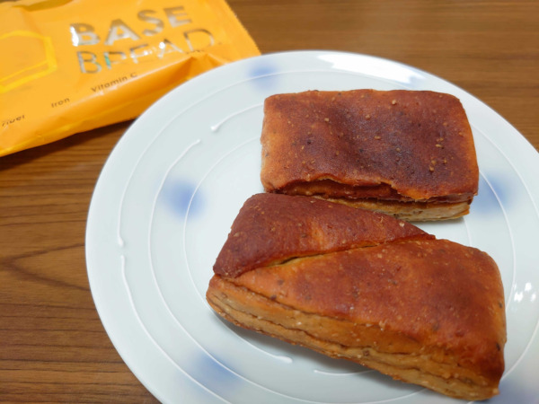 ベースフード・パンのメープル味